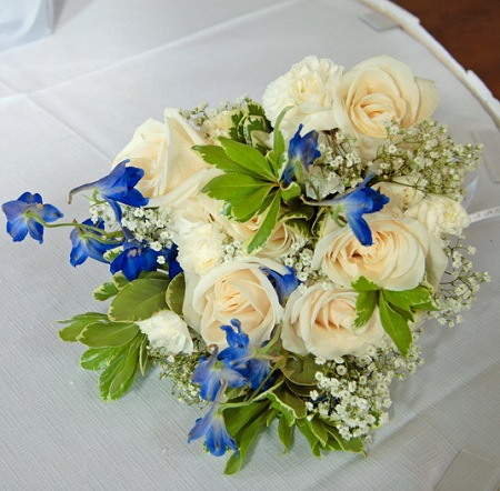 a touch of blue roses and delphinium bridal bouquet wedding bouquets photo gallery knot for life. Black Bedroom Furniture Sets. Home Design Ideas