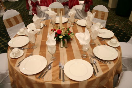 Gold and Ivory Wedding Color Table Setting for Autumn Weddings
