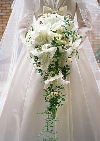 White Lilies Cascading Bridal Bouquet - Wedding Bouquets Photo ...